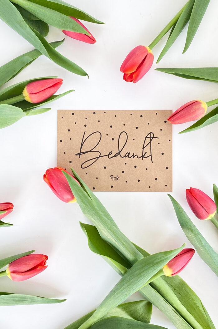 fleurtjedag brievenbusbloemen tulpen waarderingspakketjes cadeau collega bedankt