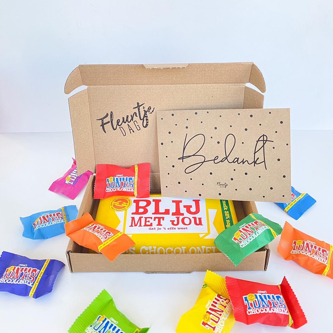 Brievenbuspakket chocola tony cadeau collega waarderingspakketje bedankt